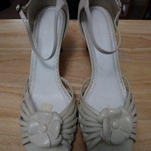 Twila Ice Beige Leath Women's Dress Shoes Size 10M